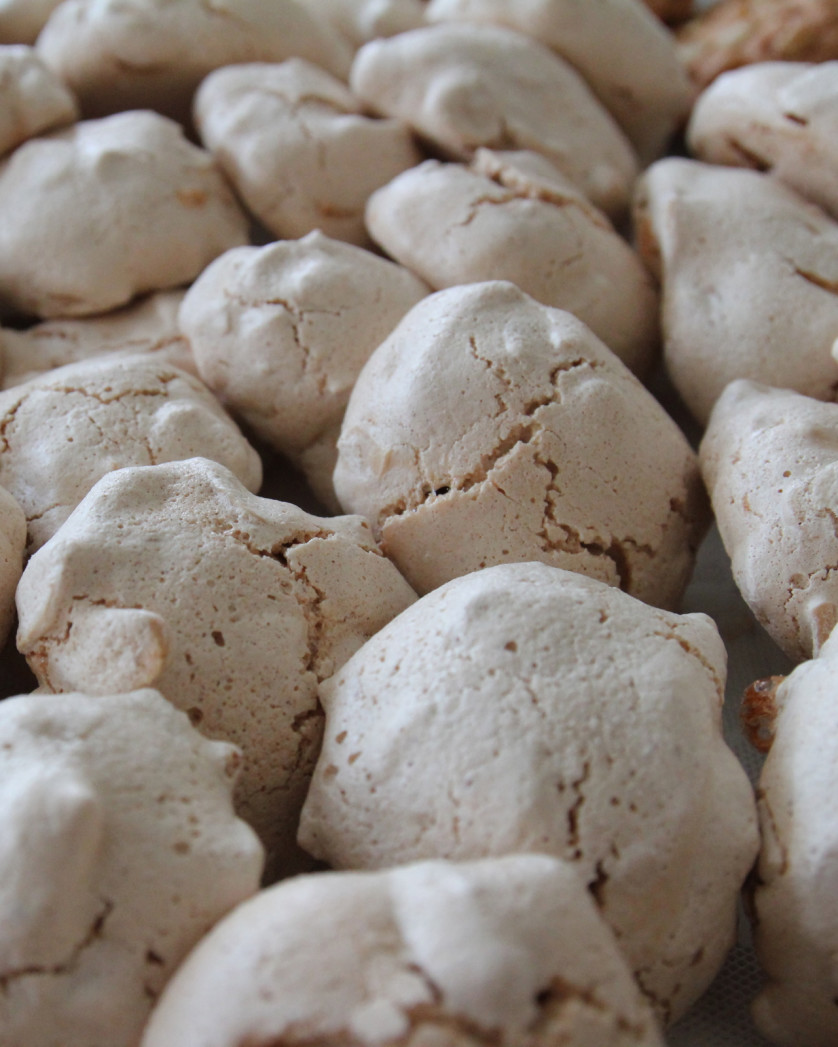 Italian Meringue Drops Recipes — Dishmaps